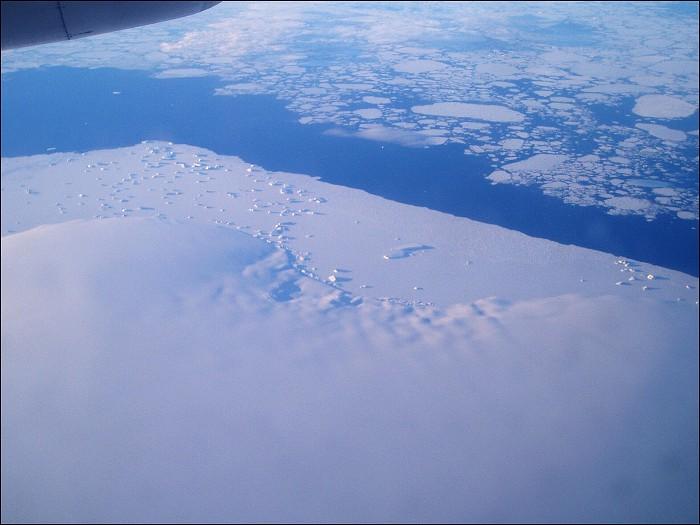 """Obrázek """"http://foto.datjbc.cz/antarktida/letadlo/img00008.jpg"""" nelze zobrazit, protože obsahuje chyby."""